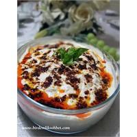 Yoğurtlu Karnıbahar Salatası
