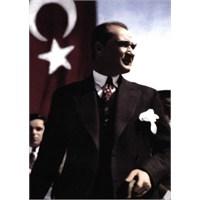 Atatürk'ün Bayrağa Saygısı