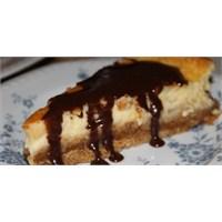 Fazlıkızından Çikolatalı Cheesecake