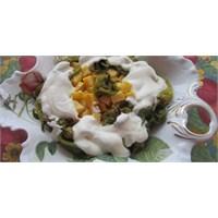 Fazlıkızında Yoğurtlu Patates& Biber Kızartması