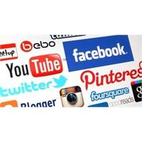 Sosyal Medyanın Zaman Tüneli (İnfografik)