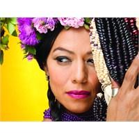 Azteklerin, Kadınların Ve Ezilenlerin Şarkıcısıyım