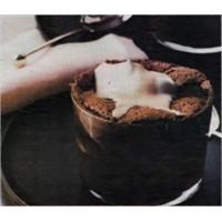 Sıcak Çikolatalı Sufle Tarifine Buyrun