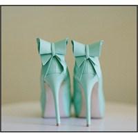 Moda Onsuz Yapamaz / Topuklu Ayakkabı