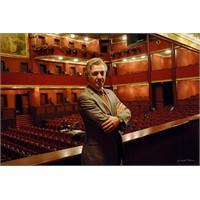 Operanın Parlayan Yıldızı: Suat Arıkan