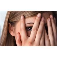 Utangaç İnsanlar Nasıl Flört Eder