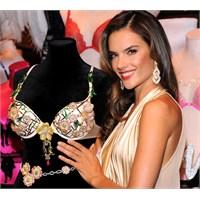 Victoria's Secret'ın 2.5 Milyon Dolarlık Sütyeni