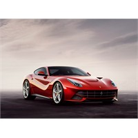 2012 Ferrari Berlinetta Tanıtıldı