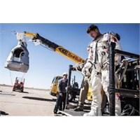 Uzaydan Atlayan Sporcu Felix Hakkında Her Şey
