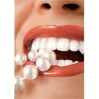1 Saat İçinde Bembeyaz Dişler