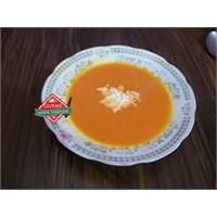 Gurme Sütlü Domates Çorbası Tarifi
