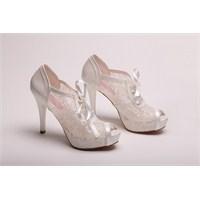 En Özel Gününüzde En Özel Ayakkabılar