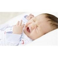 Yeni Doğan Bebekte Kolik Tedavisi