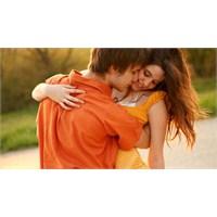 Aşık Olmak 1 Saniyeden Kısa Sürüyor
