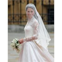 Kraliyet Düğünü–kate Middleton Gelinliği