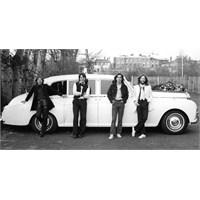 Beatles Fotoğraflari Rekor Fiyata Satıldı