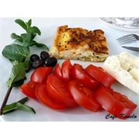 Cafe Kanelo'nun Kabaklı Peynirli Böreği
