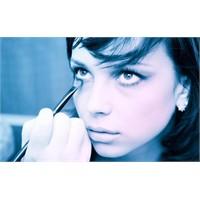 Makyaj Uzmanlarından İlginç Öneriler...