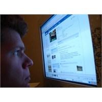 Facebook'a Güven Azalıyor
