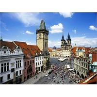 Doğu Avrupa'nın Yeni Gözdesi Prag