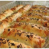 Bulgurlu Kol Böreği
