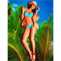Stil İkonu Eda Taşpınar'ın Plaj Koleksiyonu