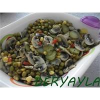 Mısırlı Mantar Salatası