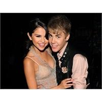 Justin Ve Selena İlişkisinde Flash Gelişme!