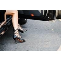 En Trendy Ayakkabı Ve Çanta Kombinleri!