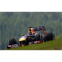 Vettel Kendi Evinde Zafere Uzandı