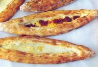 Peynirli Pide (kelle Peynirli)