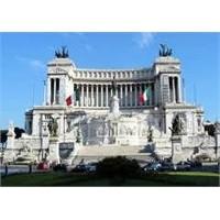 Roma'nın En Güzel Anıtlarında Vittorio Emanuele İi