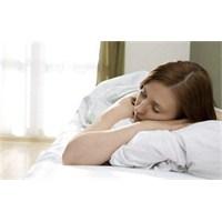 Uykuda Bir Türlü Dinlenemiyoruz