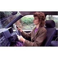 Kadın Sürücü Buna Sinirleniyor!