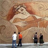 Dünyanın En Büyük Mantar Mozaiği