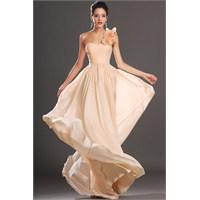 2013 Abiye Elbise Modelleri Ve En Şık Trendler