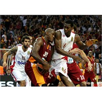 Galatasaray'ın Avrupa Maçı Yine Şifresiz!