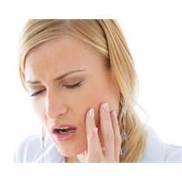 Doğumdan Sonra Dişlerinizde Çürük Mü Oluştu?