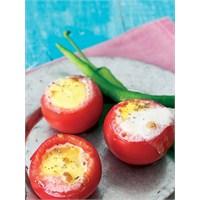 Mutbak: Fırında Yumurtalı Domates
