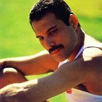 Rock'ın Tanrısı' Freddie Mecur