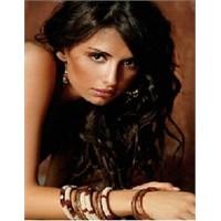 Emina Sandal'ın Güzellik Sırrı