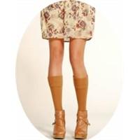 2011 kışının modası dizüstü ve diz altı çoraplar