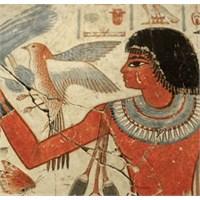 Kleopatra'nın Makyaj Sırları