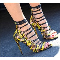 Trend: Lace Up Sandaletler