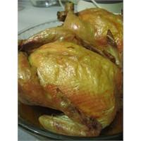 Günün Yemeği: Fırında Kızarmış Tavuk Dolması