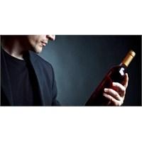 Alkol Ego Patlamasına Neden Oluyor