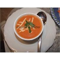 Köz Kırmızı Biberli Domates Çorbası