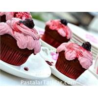 Gülpembe Cupcake