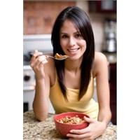 Düz Bir Karın İçin Kahvaltıda Bunları Tüketin