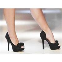 Sağlıklı Ayaklara Doğru Ayakkabı Şart